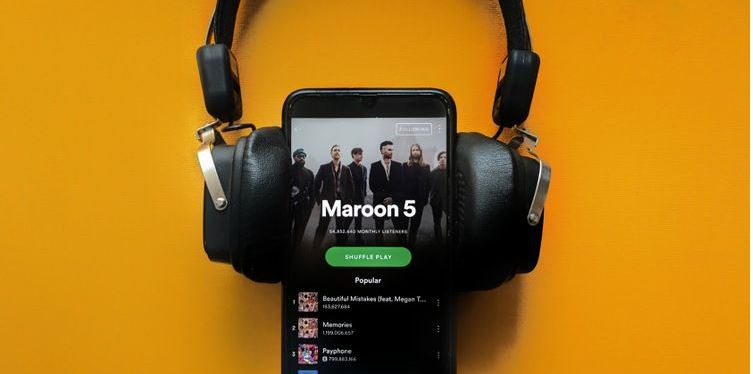 Clear Your Spotify Cache on Desktop and Mobile With These Easy Steps