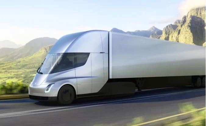 Tesla extends its Semi truck release to 2022